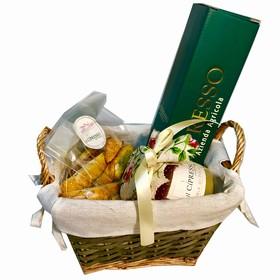 Box with Olive Oil, Pecorino &..